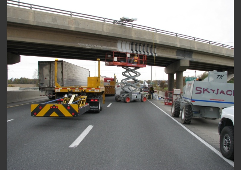 Bridge Beam Repair Workzone with Scissor Lift Protection